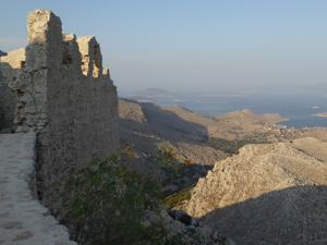 chalki halki villa pedro